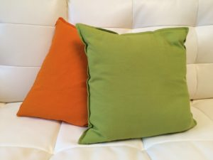 pillows-655245_1280