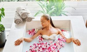 Kąpiel z pożytkiem dla przesuszonej skóry
